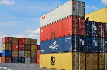 Containers and trade